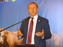自民農林合同会議、実態を踏まえた卸売市場法の見直しをと意見