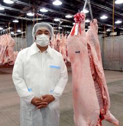 全日本豚枝コンが大阪市場で開催、日吉ファームが4度目の名誉賞